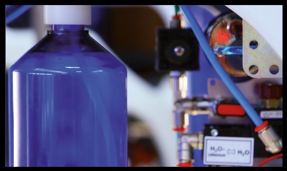 bottiglia-acqua-distillata